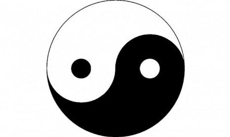 На протяжении тысяч лет этот символ означал две противоположности во вселенной, служащие для достижения гармонии в мире. Фото: Великая Эпоха (The Epoch Times)
