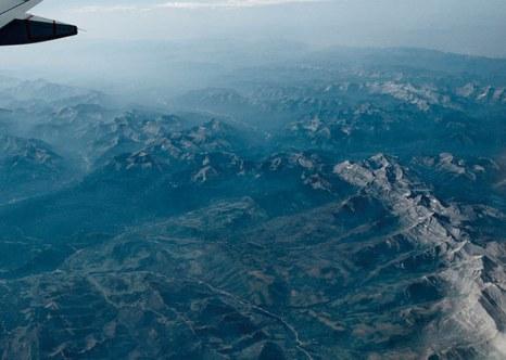 Под крылом самолёта. Фотографии из иллюминатора. Фото: fresher.ru