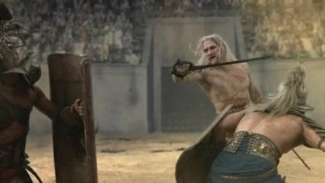«Спартак: Кровь и песок». Бой с Фиоклом. Фото с сайта spartacfuns.com