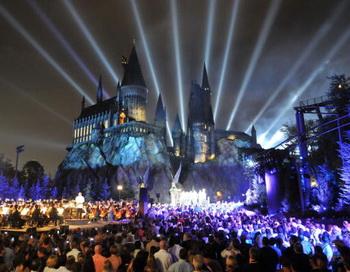 Город Орландо штата Флорида. Парк аттракционов «Волшебный мир Гарри Потера». Фото: Universal Orlando Resort via Getty Images