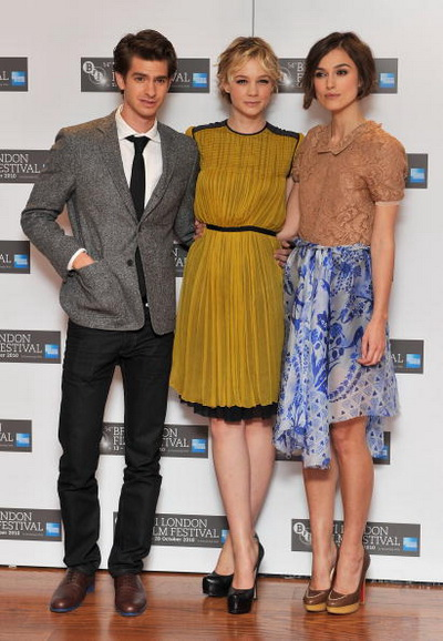 «Не отпускай меня». Актеры Эндрю Гарфилд, Кэри Маллиган и Кира Найтли на фото-сессии во время Лондонского кинофестиваля. Фото: Gareth Cattermole/Getty Images