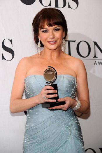 Актриса Кэтрин Зета-Джонс на 64-й церемонии вручения наград «Тони» в Нью-Йорке. Фото: Bryan Bedder/Getty Images