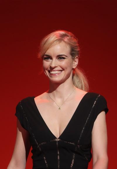 Нина Хосс, на открытии Кинофестиваля Berlinale 2011. Фото: Sean Gallup/Getty Images