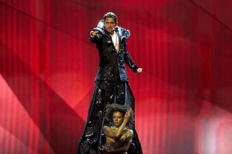 Певец из Румынии Чезар Оуату выступил на генеральной репетиции перед 2 полуфиналом Евровидения-2013. Фото:  Ragnar Singsaas/Getty Images