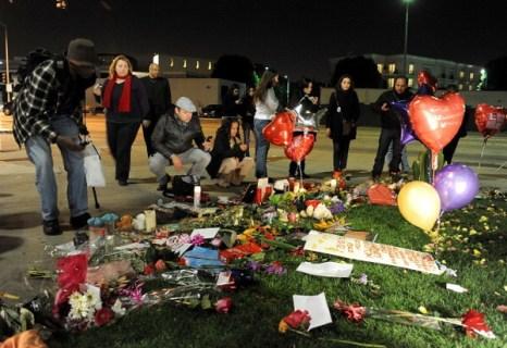 Поминальные мероприятия Уитни Хьюстон в  ее родном городе Ньюарке.  Фоторепортаж. Фото: Paul Zimmerman/Getty Images