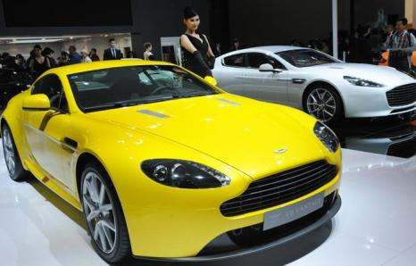 Aston Martin Vanquish. Фото: PETER PARKS/AFP/Getty Images