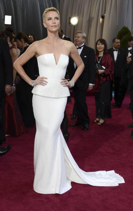 Шарлиз Терон заняла 6 место в списке из 10 самых высокооплачиваемых актрис Голливуда, опубликованном журналом Forbes 29 июля 2013 года. Фото: Frazer Harrison/Getty Images