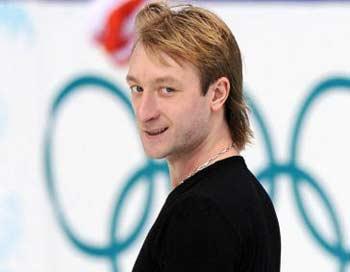 Евгений Плющенко не исключает возможности принять участие в сочинской Олимпиаде -2014. Фото: YURI KADOBNOV/AFP/Getty Images