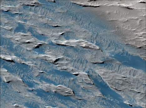 Марс. Эолис и Зефирия. Фото: NASA/JPL/University of Arizona