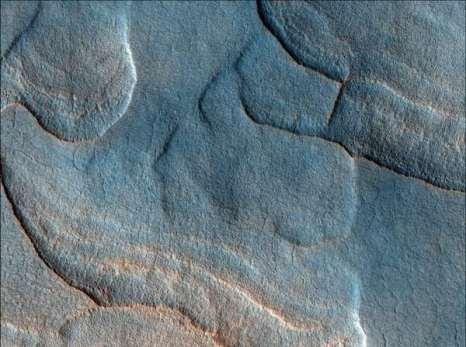 Марс. Впадины на северных равнинах. Фото: NASA/JPL/University of Arizona