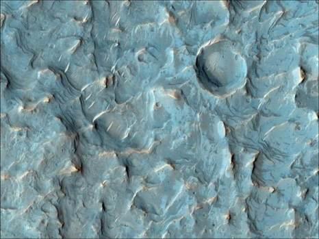 Марс. Кратер. Фото: NASA/JPL/University of Arizona