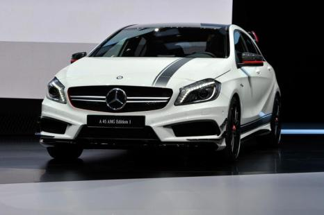 Новый Mercedes-Benz 45 AMG. Фото: Harold Cunningham/Getty Images
