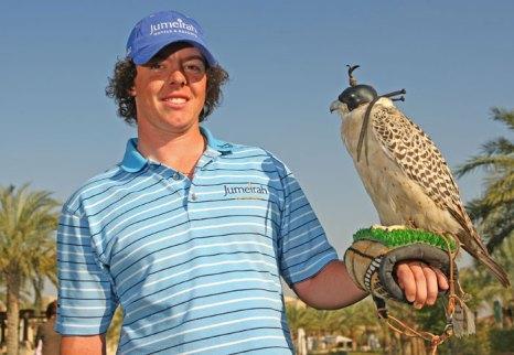 Соколиная охота – поистине королевское развлечение, доступное путешественникам. Дубай. Фото: Ian Walton/Getty Images