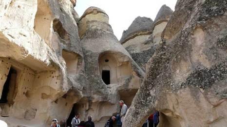 Каппадокия – волшебный город, где дома вырублены прямо в скалах, Турция. Фото: Grosty/commons.wikimedia.org