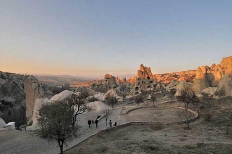 Каппадокия – волшебный город, где дома вырублены прямо в скалах, Турция. Фото: Viault/commons.wikimedia.org