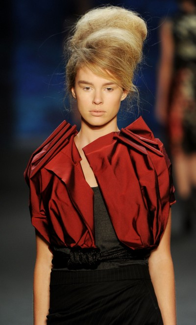 Коллекция Vera Wang Весна-2011 на Неделе моды Mercedes-Benz в Нью-Йорке. Фото: Frazer Harrison/Getty Image