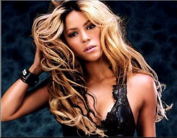 Шакира получила свою звезду на Аллее славы Голливуда. Фото с сайта novolitika.ru