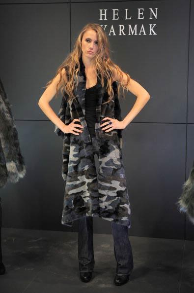 Коллекция Елены Ярмак  на Неделе моды Mercedes Benz Fashion Week 2011, 16 февраля 2011,  Линкольн-центр, Нью-Йорк. Фото: Jemal Countess/Getty Images