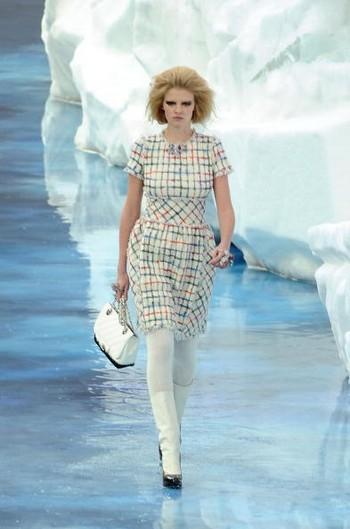 Коллекция Chanel на парижской Неделе моды. Фото: Francois Durand/Getty Images