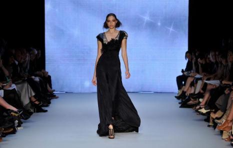 Коллекция от Aurelio Costarella на австралийской Неделе моды весна-лето 2010/11. Фото: Stefan Gosatti/Getty Images