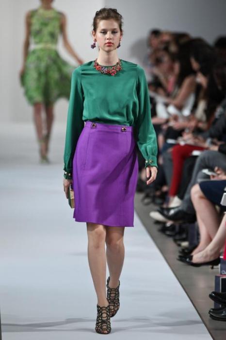 Платья для лета на показе моды Oscar de la Renta Resort 2013 в  Нью-Йорке. Продолжение. Фоторепортаж. Фото: Thomas Concordia/Getty Images