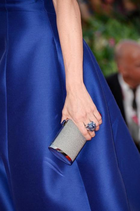 Модные аксессуары представили звёзды кино на церемонии открытия юбилейного 70-го Венецианского международного кинофестиваля 28 августа 2013 года. Фото: Pascal Le Segretain/Getty Images