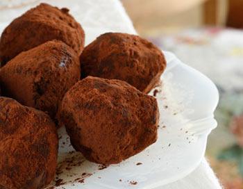 Шоколадные трюфели. Фото: femina.by