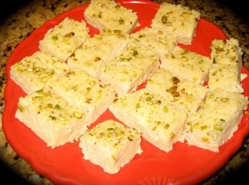 Молочный торт — сладкое блюдо из молока. Фото: imomscooking.blogspot.com