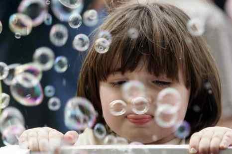 Возрастные кризисы детей дошкольного возраста. Фото: NATALIA KOLESNIKOVA/AFP/Getty Images