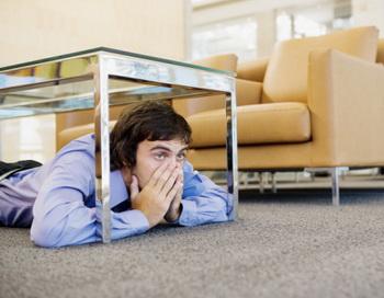 На здоровье людей страх перед увольнением влияет серьезнее, чем сам факт увольнения. Фото: Anthony Harvie/Getty Images