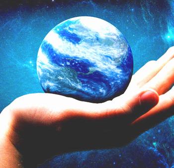 Контакт с землёй позволяет поддерживать электрическую стабильность нашего тела, что служит основой для жизненной силы и здоровья. Фото: realestatefish.com