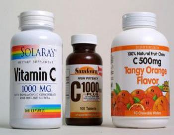 Оказалось, что большие дозы витамина C (аскорбиновой кислоты), могут вызвать регресс атеросклероза. Этот эффект может помочь в предотвращении болезни Альцгеймера. Фото: Joe Raedle/Getty Images