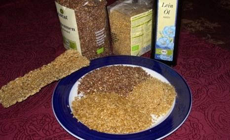 Льняное семя золотистого или коричневого цвета, измельчённое, целое или в виде масла — это подарок природы для вашего здоровья. Фото: Соня Флеш- Райс