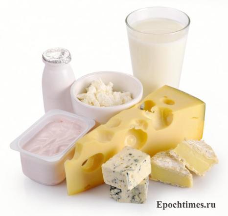 Молоко и все молочные продукты. Они — «лакомство» для мозговых клеток. Обмен веществ в мозге улучшается при употреблении молочных продуктов, компоненты которых легко усваиваются клетками мозга. Фото: Serhiy Zavalnyuk/Photos.com