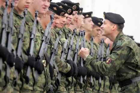 Морская пехота. Фото: ALEXANDER NEMENOV/AFP/Getty Images