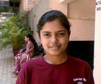Снигха Прабхакар, Бангалор, Индия