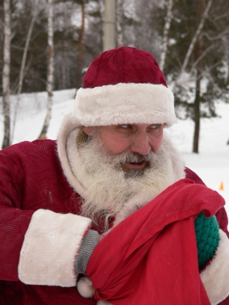 Подарок из рук Деда Мороза! Фоторепортаж. Фото предоставлено Борисом Леет