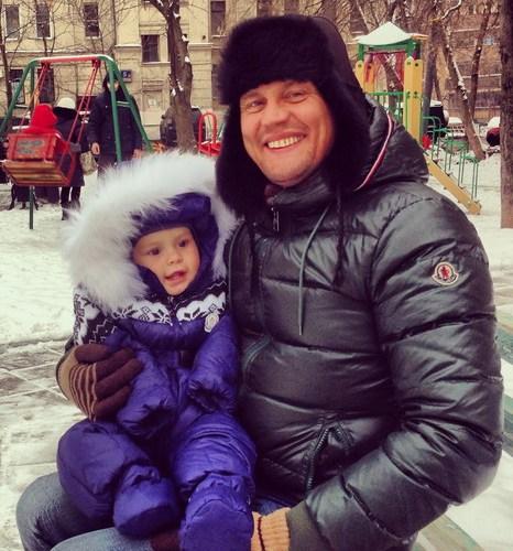 Степан Меньщиков с сыном. Фото предоставлено Cтепаном Меньщиковым