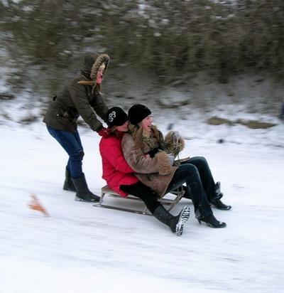 Севастопольцы радуются неожиданной кратковременной зиме. Фото: Алла Лавриненко/Великая Эпоха/The Epoch Times