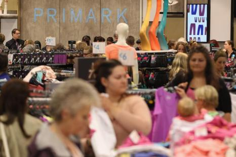Новый магазин Primark открылся в Берлине. Фоторепортаж. Фото: Sean Gallup/Getty Images