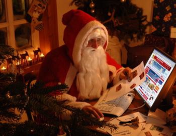 Делаем выгодные покупки к Новому году! Фото: fonstola.ru