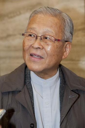 Кигучи Шинго - известный скульптор. Фото с сайта theepochtimes.com
