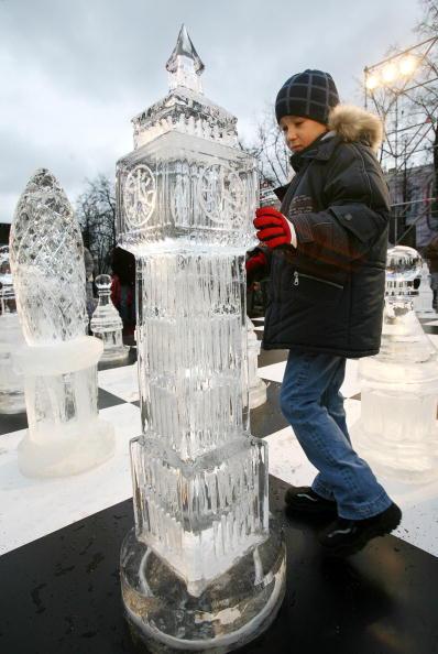 Галерея российской ледовой скульптуры в Москве. Фото: ALEXANDER NEMENOV/AFP/Getty Images