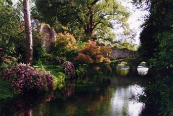 Идиллическая красота: Нинфейские сады славятся невероятно романтической обстановкой. Фото: http://tracks.vagabondo.net/Matteo Bordini