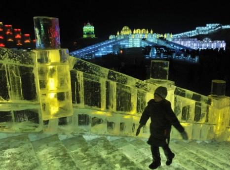 Фестиваль ледяной скульптуры в Харбине. Фотос сайта: bigpicture.ru