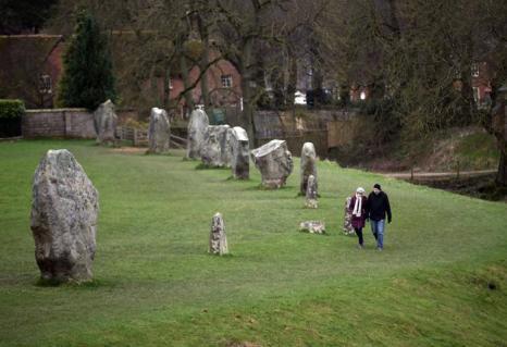 Древний английский памятник Эйвбери-хендж. Фото: Matt Cardy/Getty Images
