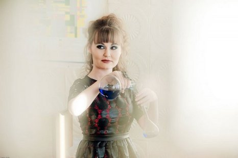 Алена Мензелинцева, старший лаборант. Фото с сайта slo-vo.ru