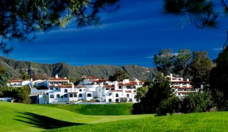 Отель Ojai Valley Inn & Spa расположен у подножия гор Топа Топа, предлагает элегантные и роскошные номера, а также спа и поле для гольфа. Фото предоставлено OF Ojai Valley Inn & Spa