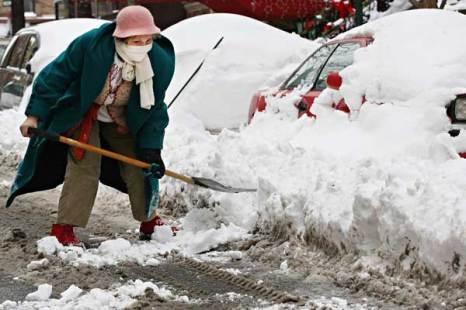 Занесенный снегом Нью-Йорк. Фото: Andrew Burton/Getty Images