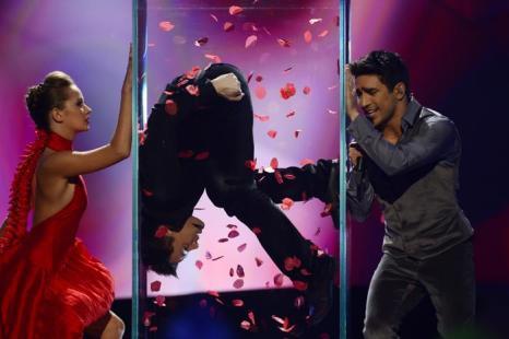 Фарид Мамедов из Азербайджана в финале Евровидения 2013. Фото: JOHN MACDOUGALL/AFP/Getty Images